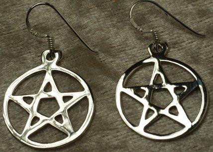 Boucles d'oreille pentagramme