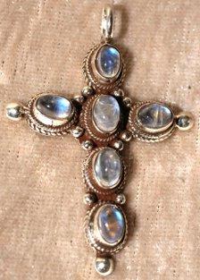 pendentif argent pierre de lune bleutée
