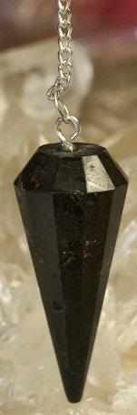 pendule tourmaline noire