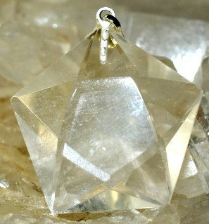 Pendentif pentagramme cristal